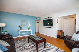 Photo 3: 123 Barron Drive in Winnipeg: Residential for sale (5G)  : MLS®# 202005841