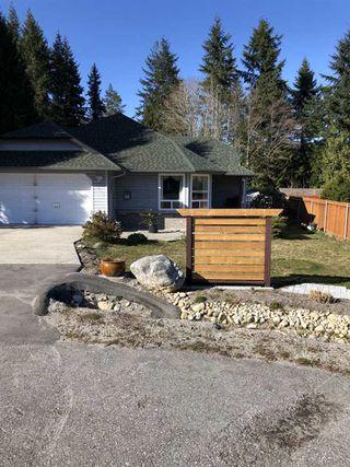 Main Photo: 6012 PARKVIEW Place in Sechelt: Sechelt District House for sale (Sunshine Coast)  : MLS®# R2446982