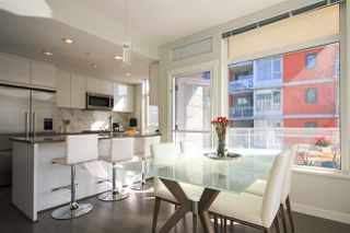 """Photo 5: 402 3263 PIERVIEW Crescent in Vancouver: South Vancouver Condo for sale in """"RHYTHM"""" (Vancouver East)  : MLS®# R2447085"""