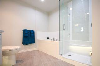 """Photo 10: 402 3263 PIERVIEW Crescent in Vancouver: South Vancouver Condo for sale in """"RHYTHM"""" (Vancouver East)  : MLS®# R2447085"""