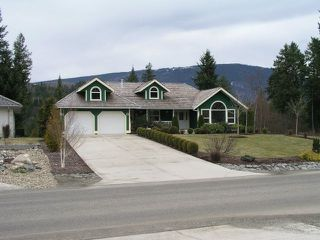 Photo 2: 2731 Golf Course Drive in Blind Bay: Shuswap Lake Estates Residential Detached for sale : MLS®# 9190048