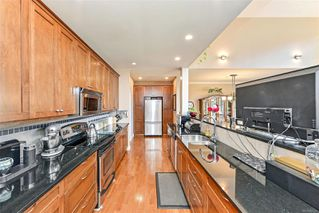 Photo 8: 1 630 Brookside Rd in : Co Latoria Row/Townhouse for sale (Colwood)  : MLS®# 857326