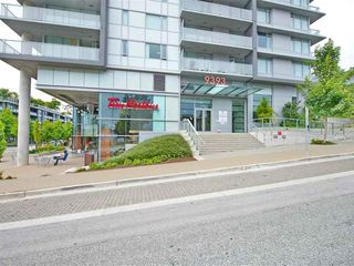 "Photo 4: 703 9393 TOWER Road in Burnaby: Simon Fraser Univer. Condo for sale in ""CENTRE BLOCK"" (Burnaby North)  : MLS®# R2528767"