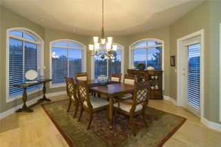 Photo 4: 2114 Lillooet Crescent in Kelowna: Other for sale : MLS®# 10003319