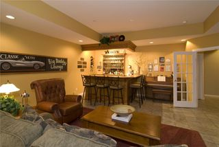 Photo 9: 2114 Lillooet Crescent in Kelowna: Other for sale : MLS®# 10003319