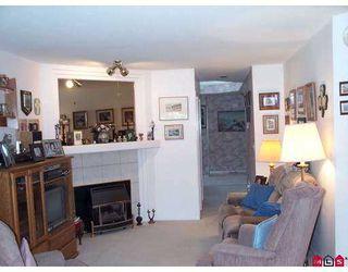 "Photo 2: 134 15988 83RD Avenue in Surrey: Fleetwood Tynehead Townhouse for sale in ""Glenridge Estates"" : MLS®# F2719346"
