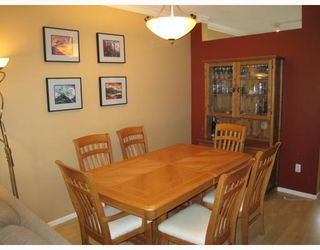 "Photo 3: 94 3880 WESTMINSTER Highway in Richmond: Terra Nova Townhouse for sale in ""MAYFLOWER"" : MLS®# V666982"