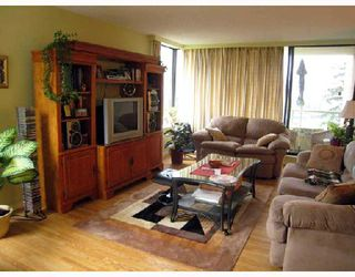 """Photo 2: 702 5790 PATTERSON Avenue in Burnaby: Metrotown Condo for sale in """"REGENT"""" (Burnaby South)  : MLS®# V669364"""