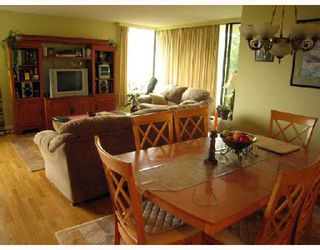 """Photo 4: 702 5790 PATTERSON Avenue in Burnaby: Metrotown Condo for sale in """"REGENT"""" (Burnaby South)  : MLS®# V669364"""