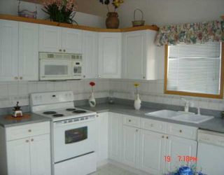 Photo 3:  in CALGARY: Applewood Residential Detached Single Family for sale (Calgary)  : MLS®# C3208134