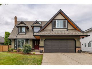 "Photo 1: 6105 187A Street in Surrey: Cloverdale BC House for sale in ""Eaglecrest"" (Cloverdale)  : MLS®# R2392884"