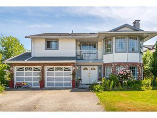 Photo 1: 9482 153 STREET in Surrey: Fleetwood Tynehead House for sale : MLS®# R2381549