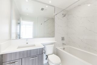 """Photo 13: 2105 1788 GILMORE Avenue in Burnaby: Brentwood Park Condo for sale in """"Escala"""" (Burnaby North)  : MLS®# R2396907"""