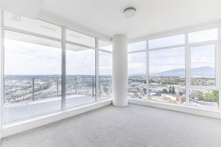 """Photo 12: 2105 1788 GILMORE Avenue in Burnaby: Brentwood Park Condo for sale in """"Escala"""" (Burnaby North)  : MLS®# R2396907"""