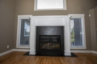 Photo 5: 11507 10 Avenue in Edmonton: Zone 16 House for sale : MLS®# E4172209