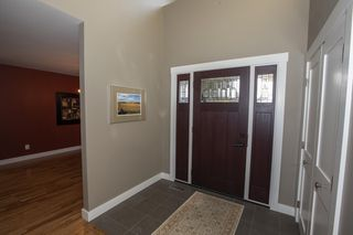 Photo 3: 11507 10 Avenue in Edmonton: Zone 16 House for sale : MLS®# E4172209