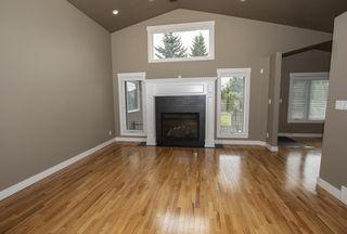 Photo 4: 11507 10 Avenue in Edmonton: Zone 16 House for sale : MLS®# E4172209