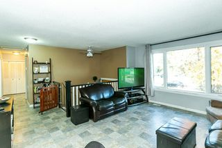 Photo 4: 4 HARROW Circle in Edmonton: Zone 35 House for sale : MLS®# E4178118