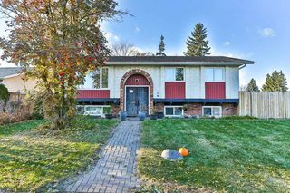 Photo 2: 4 HARROW Circle in Edmonton: Zone 35 House for sale : MLS®# E4178118