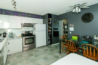Photo 8: 4 HARROW Circle in Edmonton: Zone 35 House for sale : MLS®# E4178118
