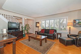 Photo 2: 3126 W 32ND Avenue in Vancouver: MacKenzie Heights House for sale (Vancouver West)  : MLS®# R2426164