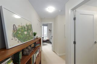 """Photo 9: 40 38 W 1ST Avenue in Vancouver: False Creek Townhouse for sale in """"THE ONE"""" (Vancouver West)  : MLS®# R2429146"""