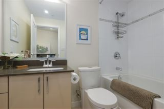 "Photo 13: 40 38 W 1ST Avenue in Vancouver: False Creek Townhouse for sale in ""THE ONE"" (Vancouver West)  : MLS®# R2429146"
