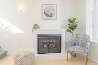 "Photo 10: 203 657 W 7TH Avenue in Vancouver: Fairview VW Townhouse for sale in ""The Ivys"" (Vancouver West)  : MLS®# R2438858"