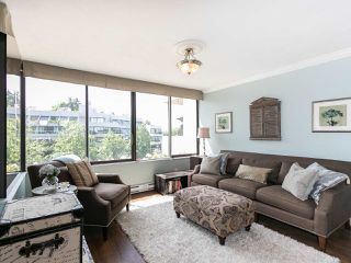 """Photo 6: 446 658 LEG IN BOOT Square in Vancouver: False Creek Condo for sale in """"Heather Bay Quay"""" (Vancouver West)  : MLS®# R2445945"""