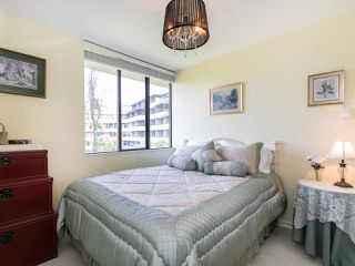 """Photo 15: 446 658 LEG IN BOOT Square in Vancouver: False Creek Condo for sale in """"Heather Bay Quay"""" (Vancouver West)  : MLS®# R2445945"""