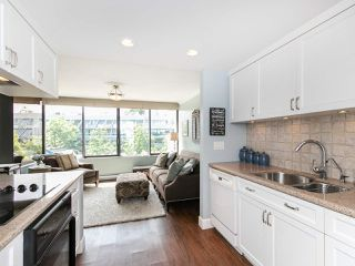 """Photo 11: 446 658 LEG IN BOOT Square in Vancouver: False Creek Condo for sale in """"Heather Bay Quay"""" (Vancouver West)  : MLS®# R2445945"""