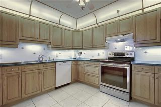 Photo 15: 235 6868 SIERRA MORENA Boulevard SW in Calgary: Signal Hill Apartment for sale : MLS®# C4301942