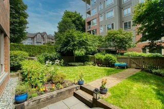 "Main Photo: 103 139 W 22 Street in North Vancouver: Central Lonsdale Condo for sale in ""Anderson Walk"" : MLS®# R2473489"
