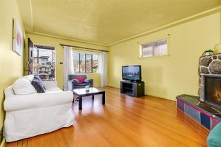 Photo 3: 4814 PENDER Street in Burnaby: Capitol Hill BN House for sale (Burnaby North)  : MLS®# R2483163
