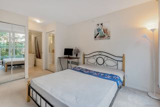 """Photo 15: 404 5615 HAMPTON Place in Vancouver: University VW Condo for sale in """"THE BALMORAL"""" (Vancouver West)  : MLS®# R2487690"""
