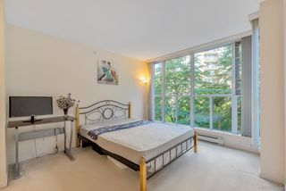 """Photo 14: 404 5615 HAMPTON Place in Vancouver: University VW Condo for sale in """"THE BALMORAL"""" (Vancouver West)  : MLS®# R2487690"""