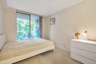 """Photo 12: 404 5615 HAMPTON Place in Vancouver: University VW Condo for sale in """"THE BALMORAL"""" (Vancouver West)  : MLS®# R2487690"""