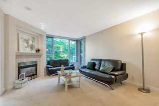 """Photo 8: 404 5615 HAMPTON Place in Vancouver: University VW Condo for sale in """"THE BALMORAL"""" (Vancouver West)  : MLS®# R2487690"""