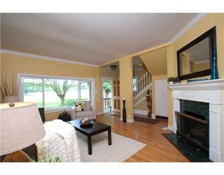 Photo 2: 823 W 20TH AV in Vancouver: House for sale : MLS®# V851816