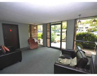Photo 9: # 201 134 W 20TH ST in North Vancouver: Central Lonsdale Condo for sale : MLS®# V892733