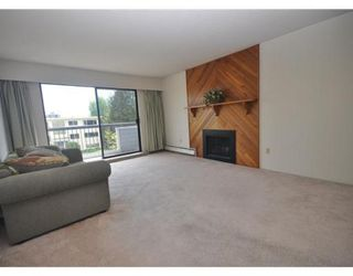 Photo 2: # 201 134 W 20TH ST in North Vancouver: Central Lonsdale Condo for sale : MLS®# V892733