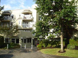 "Photo 1: 104 1860 E SOUTHMERE Crescent in White_Rock: Sunnyside Park Surrey Condo for sale in ""Southmere Villas"" (South Surrey White Rock)  : MLS®# F2718435"