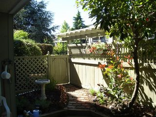 "Photo 16: 104 1860 E SOUTHMERE Crescent in White_Rock: Sunnyside Park Surrey Condo for sale in ""Southmere Villas"" (South Surrey White Rock)  : MLS®# F2718435"