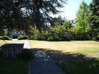 "Photo 18: 104 1860 E SOUTHMERE Crescent in White_Rock: Sunnyside Park Surrey Condo for sale in ""Southmere Villas"" (South Surrey White Rock)  : MLS®# F2718435"