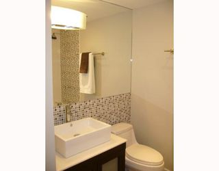 Photo 5: 204 2770 BURRARD Street in Vancouver: Fairview VW Condo for sale (Vancouver West)  : MLS®# V673490