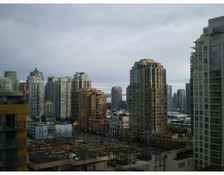 "Photo 3: 1408 1255 SEYMOUR Street in Vancouver: Downtown VW Condo for sale in ""ELAN"" (Vancouver West)  : MLS®# V692372"