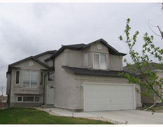 Main Photo: 87 BURKE Bay in WINNIPEG: Windsor Park / Southdale / Island Lakes Residential for sale (South East Winnipeg)  : MLS®# 2808861