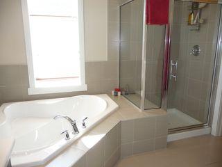 Photo 14: 745 DECOTEAU Way in Edmonton: Zone 27 House for sale : MLS®# E4173111
