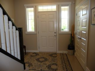 Photo 8: 745 DECOTEAU Way in Edmonton: Zone 27 House for sale : MLS®# E4173111