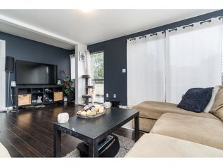 """Photo 10: 96 17716 60 Avenue in Surrey: Cloverdale BC Condo for sale in """"Clover Park Gardens"""" (Cloverdale)  : MLS®# R2405758"""